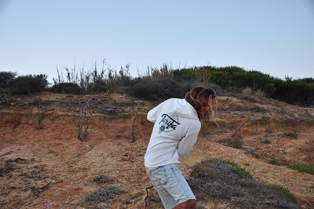 SUDADERA MADE IN TARIFA BLANCA UNISEX