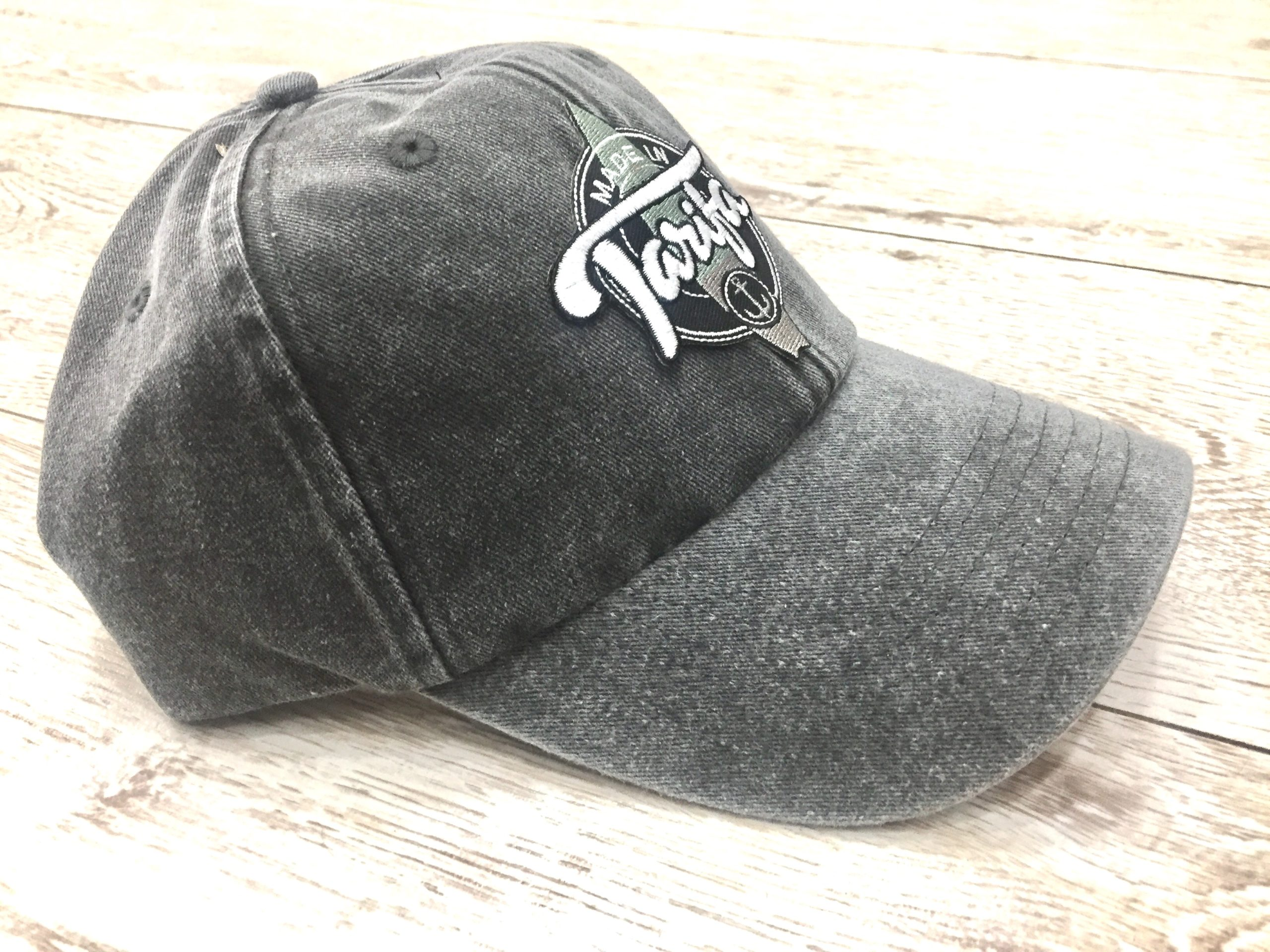 GORRA MADE IN TARIFA GRIS