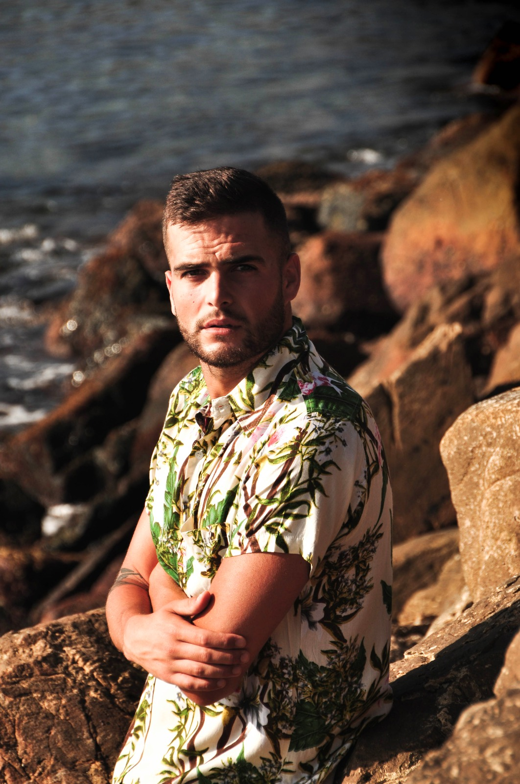CAMISA HAWAIANA TARIFA MADE IN TARIFA